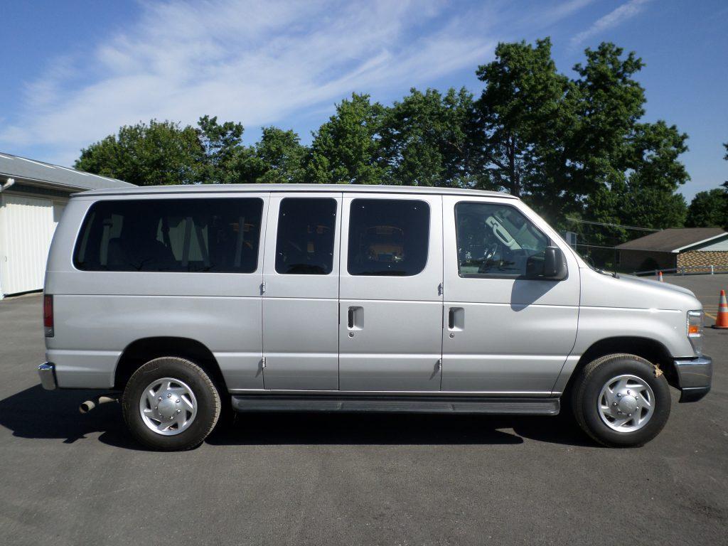 Full-Size Van (12 Passenger)